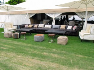london collection furniture on the lawn