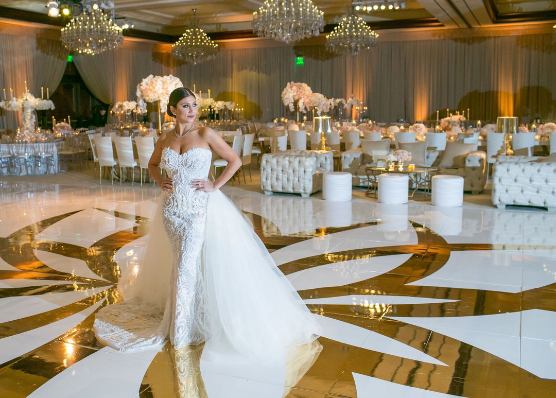 Luxurious White And Gold Wedding Reception In Westlake